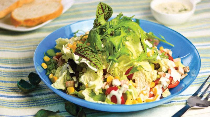 Салат из свинины с овощами
