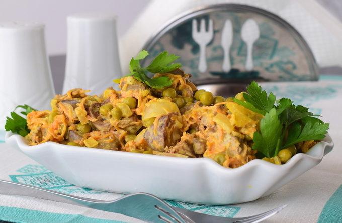 Салат с печенью «Объедение»