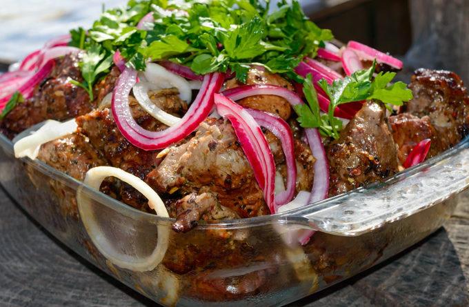 3 вкусных и быстрых маринада для шашлыка из курицы