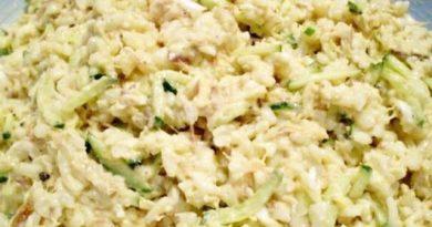 Салат с консервированной сайрой и огурцом