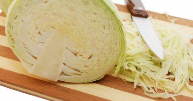 Как мелко нашинковать капусту: 2 лайфхака от хозяйки со стажем