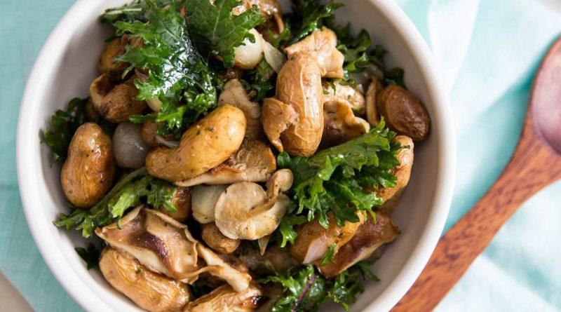 Вкуснейшие грибные салаты, которые под силу даже начинающим кулинарам