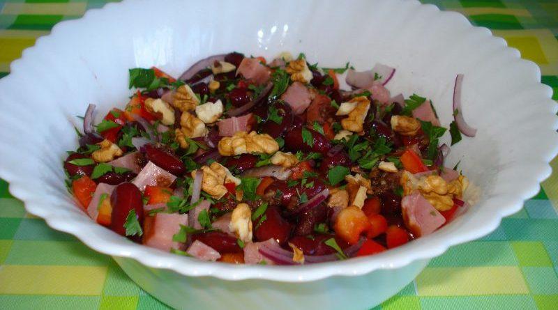 Салат «Тбилиси» с фасолью
