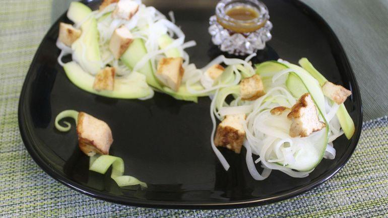 Вьетнамский салат с тофу