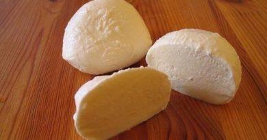 """Сыр по-домашнему """" а-ля моцарелла"""""""