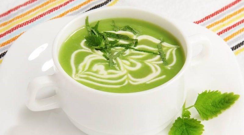 Суп-пюре с зеленым горошком и мятой