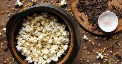 РЕЦЕПТЫ: 3 закуски для киносеанса