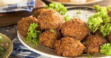 Фалафель-традиционное блюдо израильской кухни