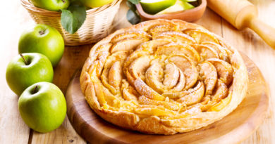 """Яблочный пирог с коньяком """"Царский"""""""