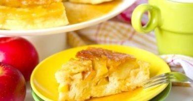 Шустрый яблочный пирог в микроволновке: 15 минут - и готов