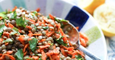 Салат из моркови и чечевицы