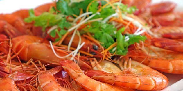 Как варить креветки: рецепт, тонкости и интересные лайфхаки