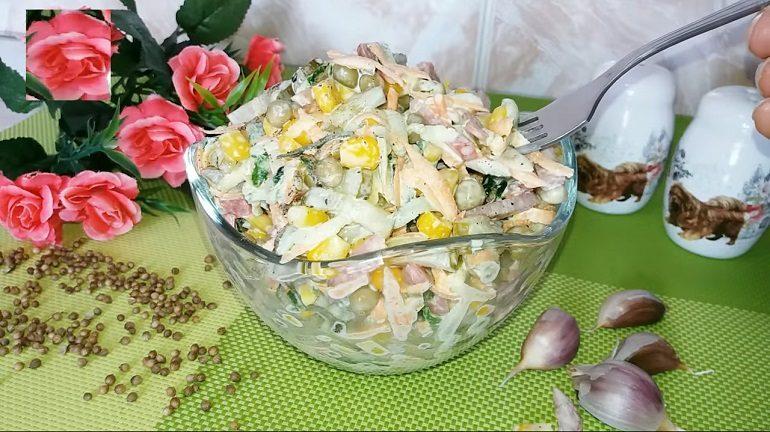 Быстрый салат «Хрустящая минутка»: и варить ничего не надо