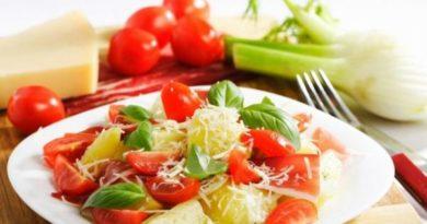 Постный салат с картофелем и огурцом