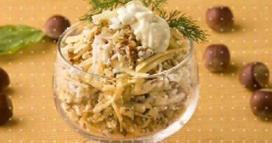 Салат с орехами и сыром