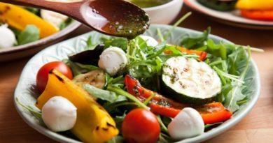 Рецепт: Овощи-гриль с моцареллой