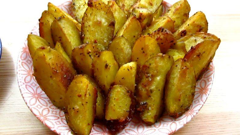 Картофель по селянски в духовке