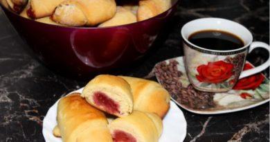 Нежные сдобные булочки к чаю — простые в приготовлении и очень пышные!