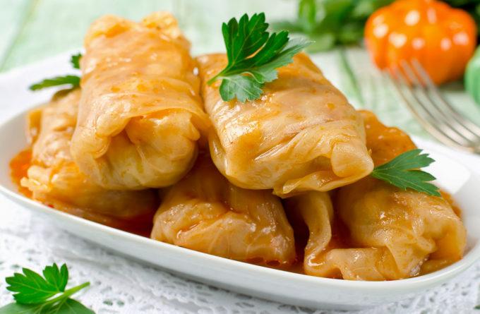 Сытный ужин: голубцы с рисом и сельдереем