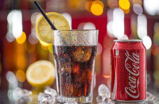 Помощница Кока-кола: 10 способов применения в быту