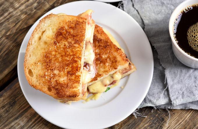 Гренки с картофелем и сыром