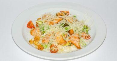 10 интересных диетических салатов