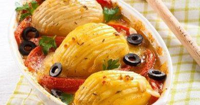 Картофель (с помидорами) на гарнир