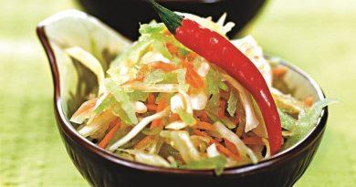 Салат из редьки (с капустой и морковью)