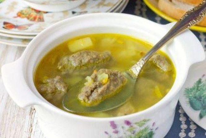 Суп с печеночными кнелями