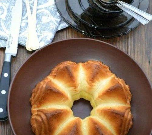 Пирог из плавленных сырков на завтрак