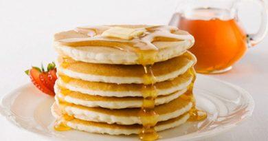 """Ванильные """"панкейки"""" на завтрак"""