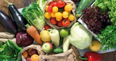 Что непременно нужно купить в июле: 7 самых полезных продуктов