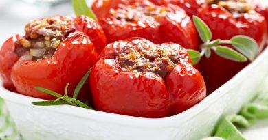 На летний ужин: рецепт сочного фаршированного перца