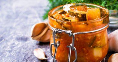 "Салат из кабачка и болгарского перца ""Зимний"""