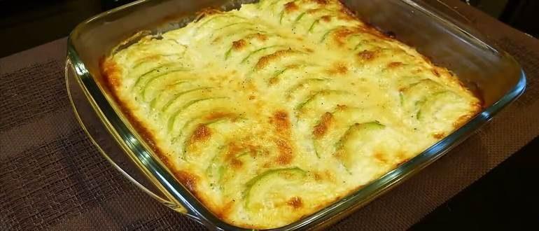 Вкусная и полезная запеканка из кабачков с творогом и сыром