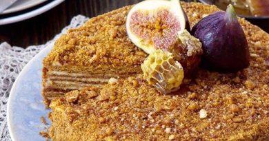 Медовик с пралине. Прекрасный рецепт. * Давайте Приготовим этот чудесный торт.
