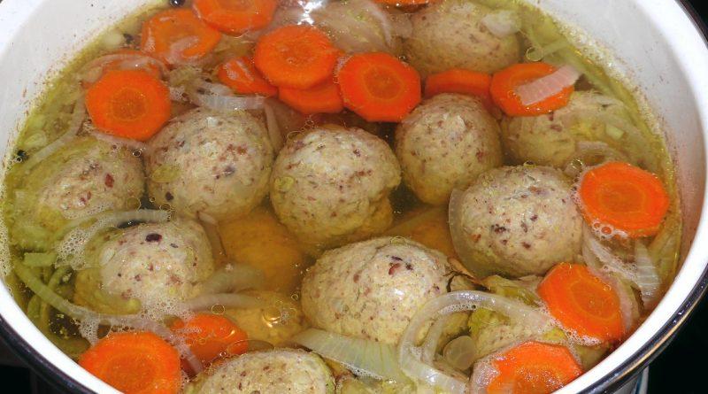 Персидский суп с гонди