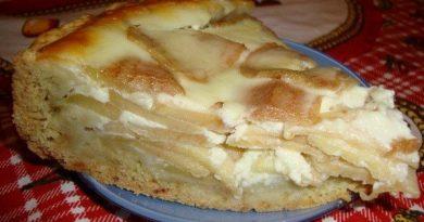 Пирог «Яблоки на снегу» со сметанным кремом