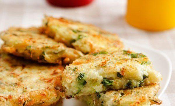 Котлеты из кабачков с сыром - просто и очень вкусно!