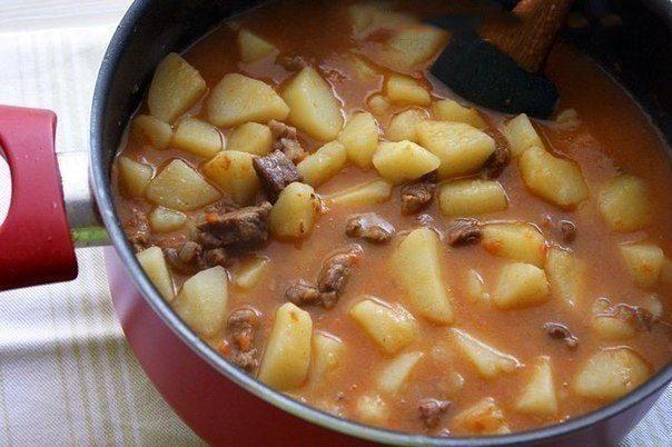 Картошечка, тушенная с мясом (как в детском садике)