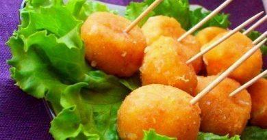 Сырные шарики жареные с чесноком просто и очень вкусно!