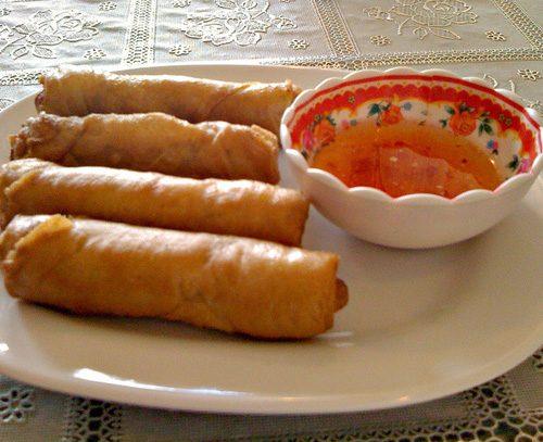 Спринг роллы по-тайски с мясом и зеленью