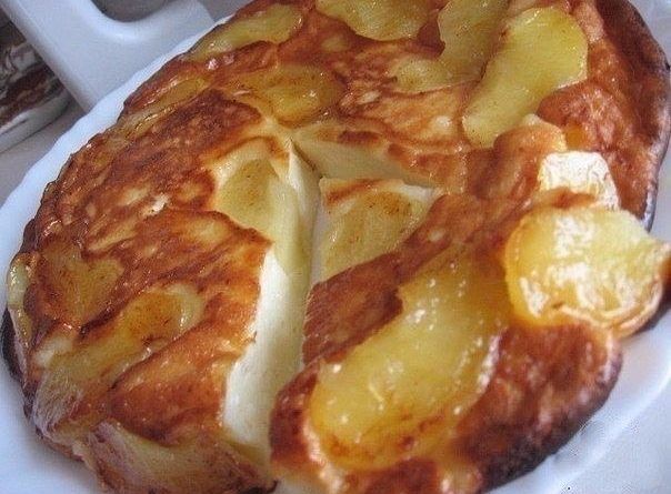 Ароматная творожная выпечка с яблоками