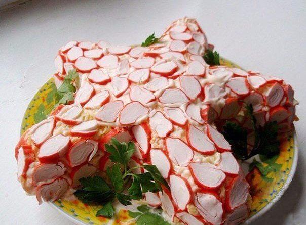 6 салатов с крабовыми палочками.