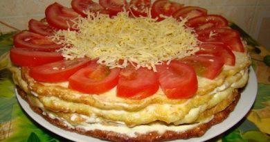 Очень вкусненький закусочный торт из кабачков