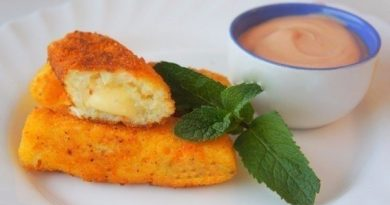 Картофельные палочки с сыром.