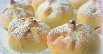 Нежные булочки на сметанном тесте с ароматными яблочками