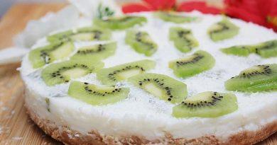 Йогуртовый торт с киви