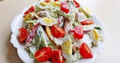 Этот вкусный, сытный и полезный салатик