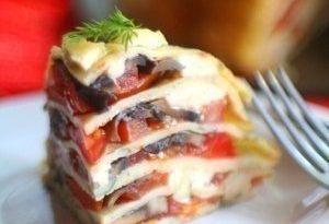 """""""Блинный пирог с помидорами, грибами и сыром"""""""